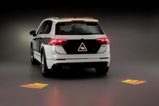 La VW Tiguan con sistema HMI integra le segnalazioni stradali in tempo reale
