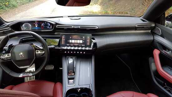 Gli interni di Peugeot 508