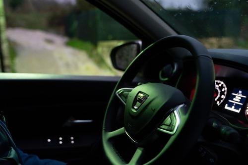 Nuovo Dacia Duster 2018 GPL: il N°1 dei SUV è gasato, ma con i piedi per terra [video] (7)