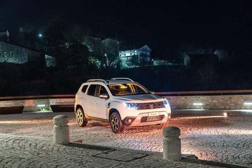 Nuovo Dacia Duster 2018 GPL: il N°1 dei SUV è gasato, ma con i piedi per terra [video] (6)