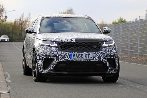 Range Rover Velar, riapparsa la versione SVR con il V8 da 550 CV (7)