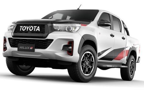Toyota Hilux GR Sport, la prima off-road firmata Gazoo Racing (4)