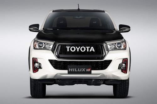 Toyota Hilux GR Sport, la prima off-road firmata Gazoo Racing (2)