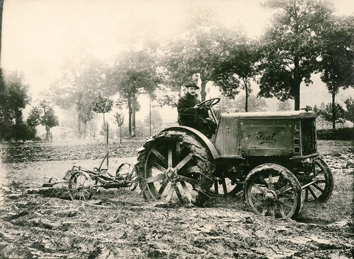100 anni fa nasceva Fiat 702, il primo trattore Fiat