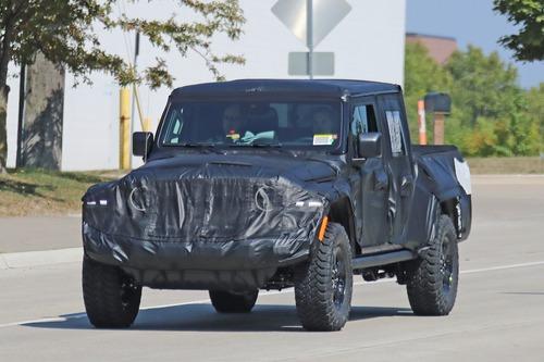 Jeep Gladiator: si chiama così il nuovo pick up? (3)
