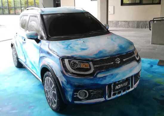 Suzuki Ignis Hybrid Art, il mini SUV d'autore
