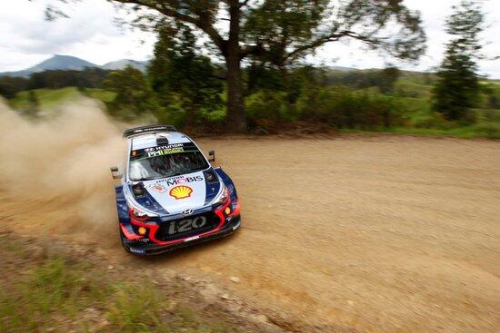 Thierry Neuville in azione in Australia