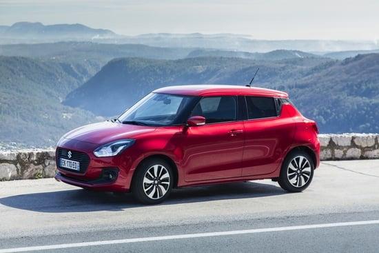 La Suzuki Swift è disponibile anche in versione ibrida, con differenza di costo minima rispetto al benzina