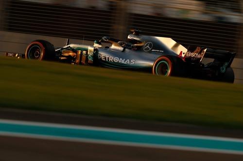 F1, GP Abu Dhabi 2018: la tuta di Alonso e le altre news (3)