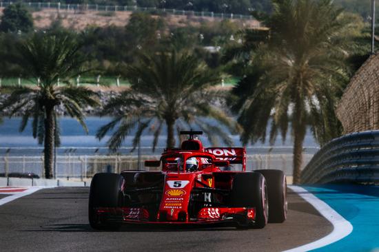 Sebastian Vettel conclude la stagione con un secondo posto ad Abu Dhabi