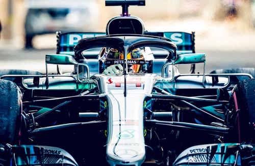 F1, GP Abu Dhabi 2018, Hamilton: «Un onore gareggiare con Vettel» (3)