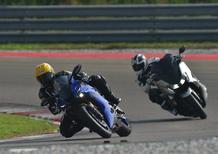 Yamaha TMAX: in pista con la YZF-R6