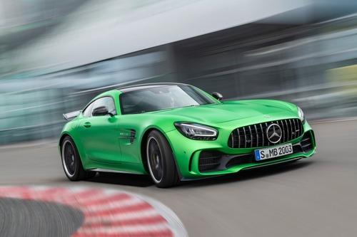 Mercedes-AMG GT: restyling per tutta la gamma al Salone di Los Angeles