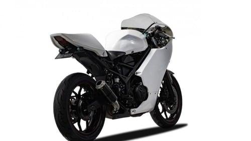 Yamaha R3: arriva il kit per trasformarla in café racer (3)