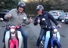 Moto Macchion: Gerry Scotti ha acquistato lo scooter Honda Super Cub 125