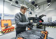 Tecnica BMW, Veicoli elettrificati: la manutenzione delle batterie [video]
