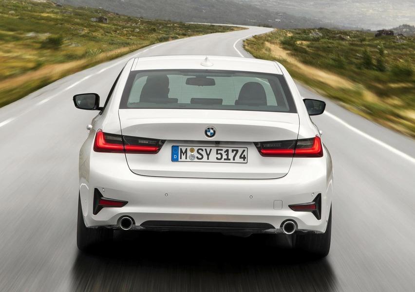 BMW Serie 3 318d Sport (5)