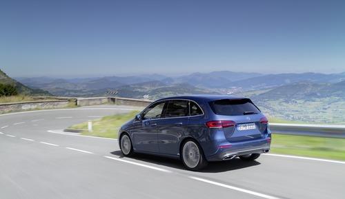 Mercedes Classe B, i prezzi: si parte da 27.140 euro (2)