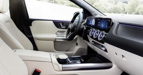 Mercedes Classe B, i prezzi: si parte da 27.140 euro (5)