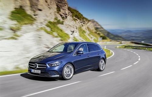 Mercedes Classe B, i prezzi: si parte da 27.140 euro (6)