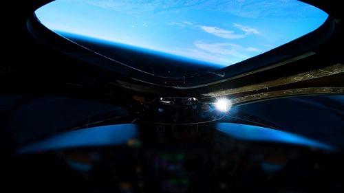 Virgin Galactic: il volo di SpaceShipTwo apre le porte al turismo spaziale (7)