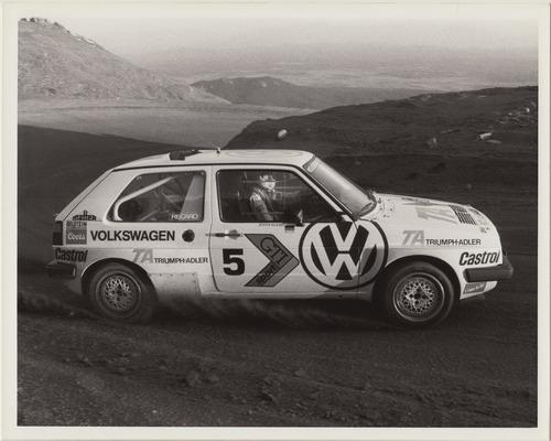 Volkswagen Golf, nel 1987 con due motori per la Pikes Peak (3)