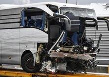 Zurigo, grave incidente per pullman Flixbus: un morto e 44 feriti