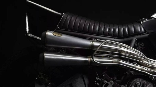 Ducati 900SS: una special pensata per il fango da El Solitario  (2)