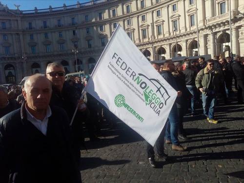 Protesta NCC, Roma: chi sono e cosa vogliono (4)