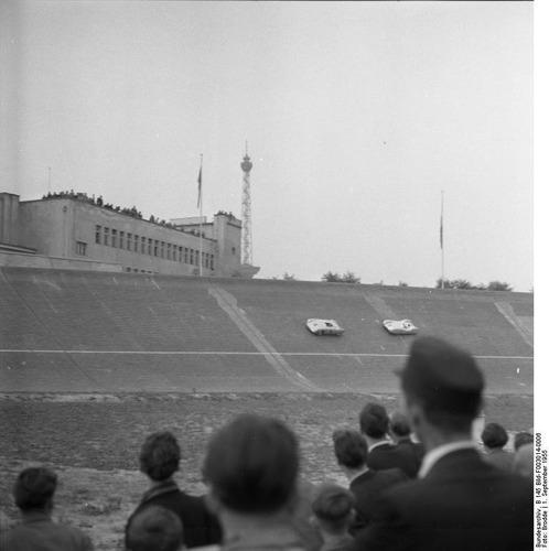 Berlino: le vecchie tribune dell'Avus si trasformano per il centenario del '21 (7)