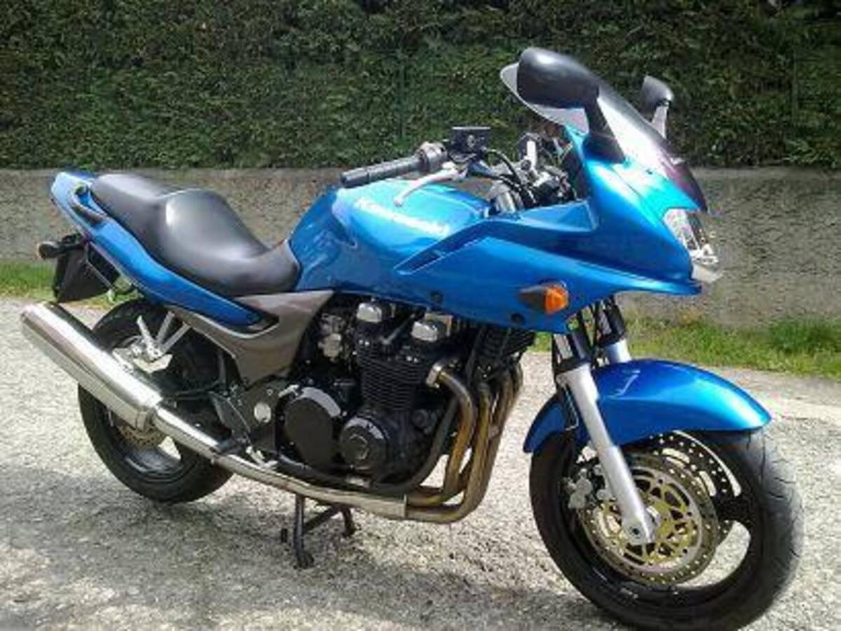 KAWASAKI ZR-7 S 2003 750 cm3 | moto roadster | Bleu