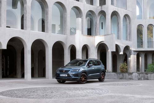 Cupra Ateca, SUV da 300 CV e finiture top per famiglie veloci [Video] (3)