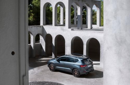 Cupra Ateca, SUV da 300 CV e finiture top per famiglie veloci [Video] (7)