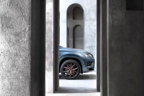 Cupra Ateca, SUV da 300 CV e finiture top per famiglie veloci [Video] (9)