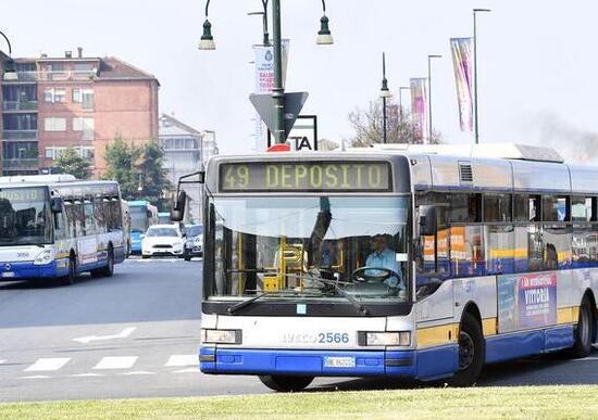 Blocco Diesel Euro 5 Torino, aumentano i passaggi dei bus