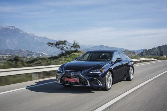 Il sistema audio Mark Levinson, che, come per tutte le altre Lexus, viene appositamente studiato per il modello che andrà a equipaggiare