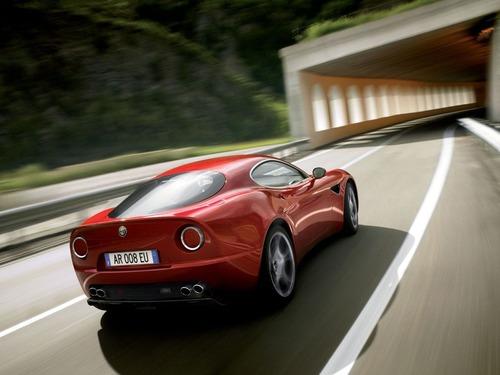 Nuova Alfa Romeo 8C, Ufficiale nel 2023? (5)