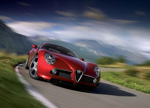 Nuova Alfa Romeo 8C, Ufficiale nel 2023? (6)