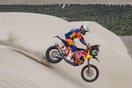 Luciano Benavides in azione nella lunga tappa 6 della Dakar 2019