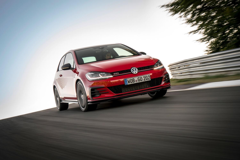 Volkswagen Golf GTI TCR, al via le prevendite