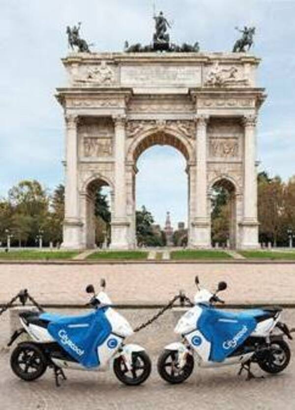 Cityscoot, la start-up francese di scooter sharing elettrico approda a Milano