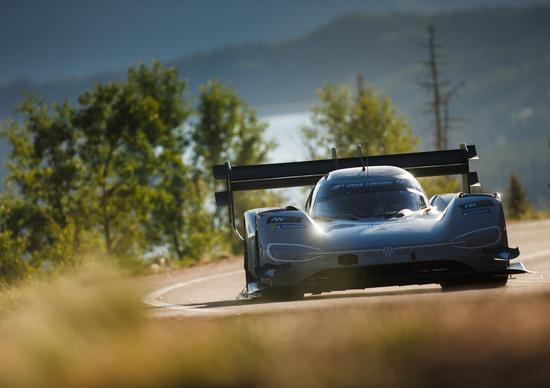 Volkswagen ID.R: nel mirino il record per EV sul Nurburgring