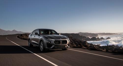 Maserati Levante, arriva l'edizione limitata Vulcano (2)