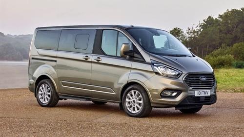 Veicoli commerciali Ford, 2019 ricco di novità con Raptor e Transit PHEV (3)