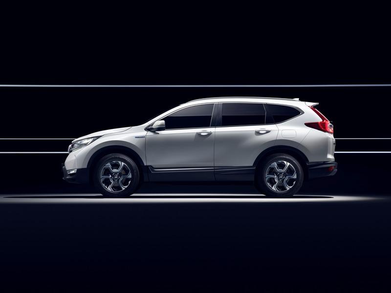 Honda CR-V (2018->>) (2)