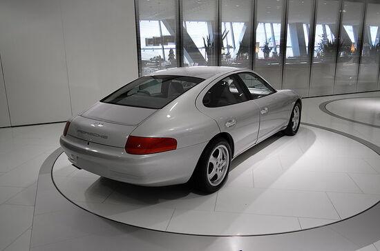 Il posteriore del prototipo 989