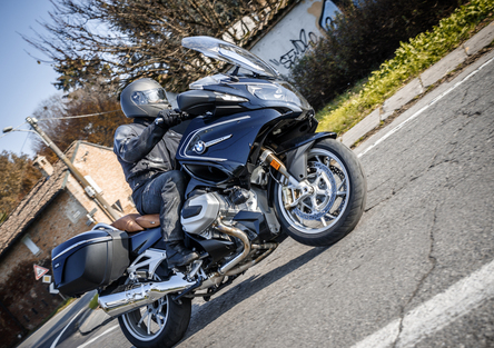 BMW R 1250RT TEST. Viaggiare in prima classe
