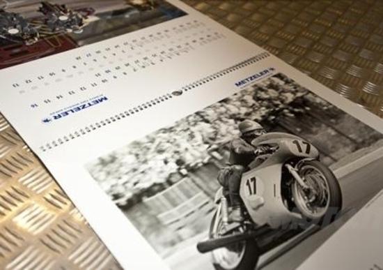 Metzeler presenta il calendario 2011