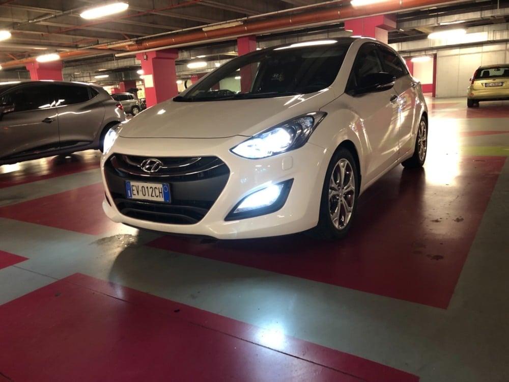 Hyundai i30 1.6 CRDi 128 CV 5p. Go! Brasil del 2014 usata a Milano (4)