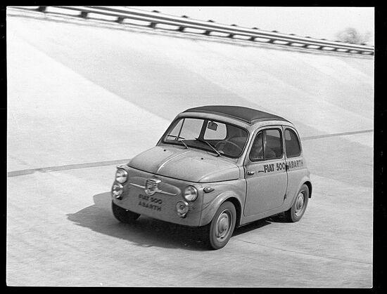 Fiat 500 Abarth in pista a Monza